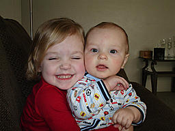 members/widowmakers-albums-family+stuff-picture20939-riley-super-huggin-her-little-brother.jpg